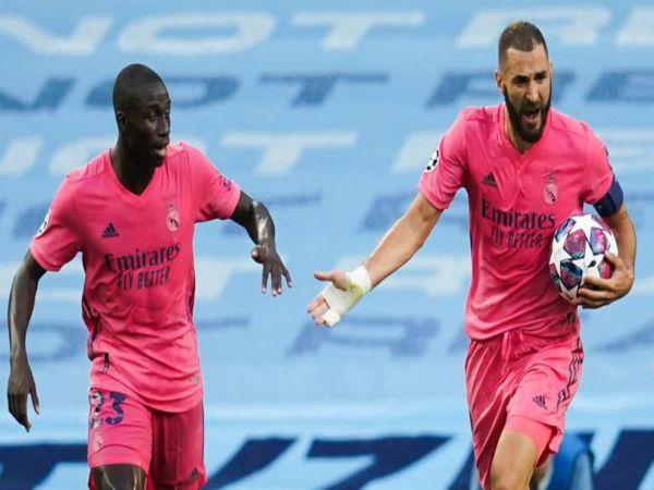 Bóng đá QT sáng 19/10: Tại sao Real Madrid mặc áo hồng trên sân nhà