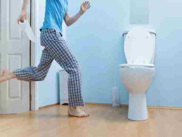 mơ thấy đi vệ sinh