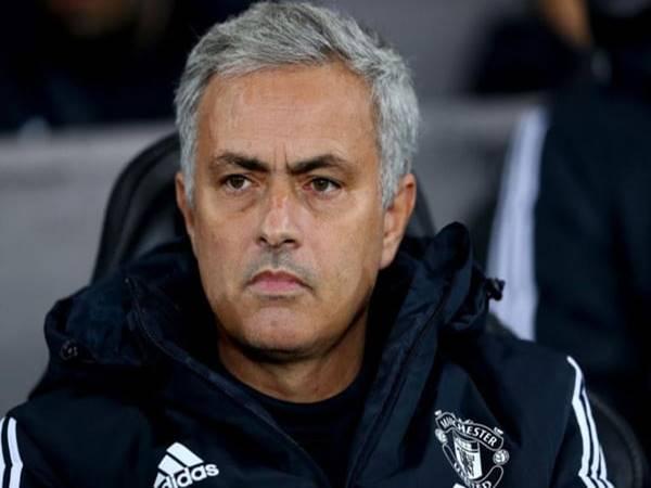 Tiểu sử và sự nghiệp của HLV Jose Mourinho ra sao?