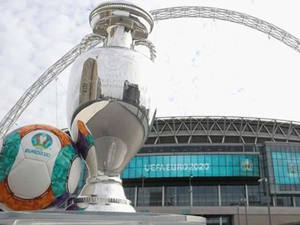 Tin bóng đá 18/6: UEFA dọa đổi địa điểm trận chung kết EURO 2020