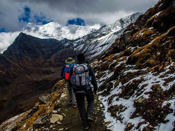 Nằm mơ thấy leo núi có điềm báo gì, đánh con gì dễ trúng