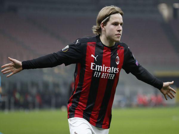 Bóng đá QT chiều 4/8: Frankfurt gửi đề nghị mới mua sao Milan