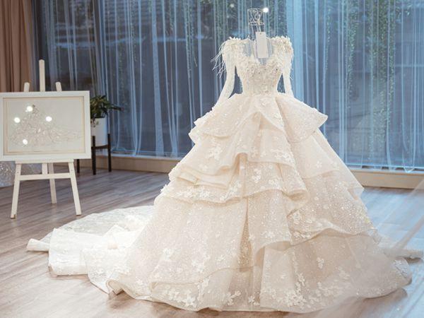 Mơ thấy váy cưới có phải điềm may mắn? Đánh tất tay con gì?