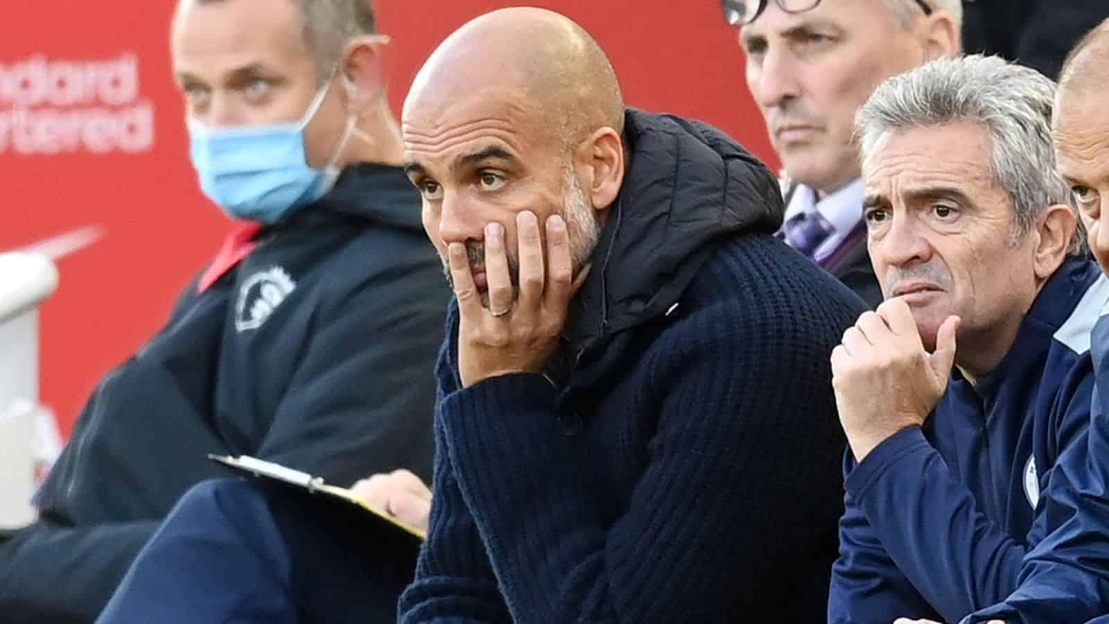 Tin thể thao 04/10: Liverpool điều tra vụ người hâm mộ nhổ nước bọt